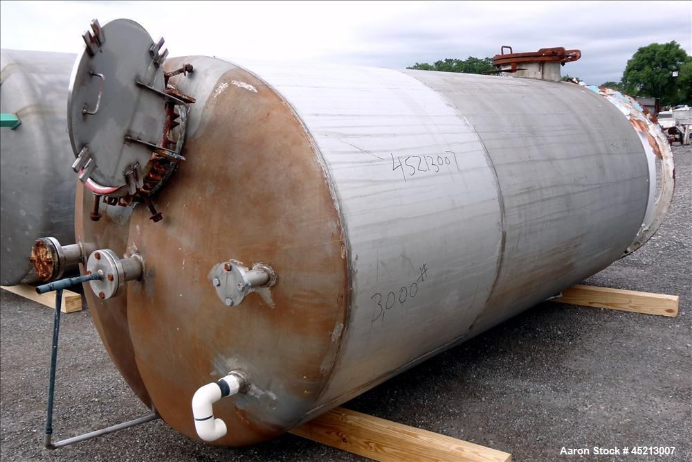 Used- 2000 Gallon Stainless Steel Graver Pressure Tank