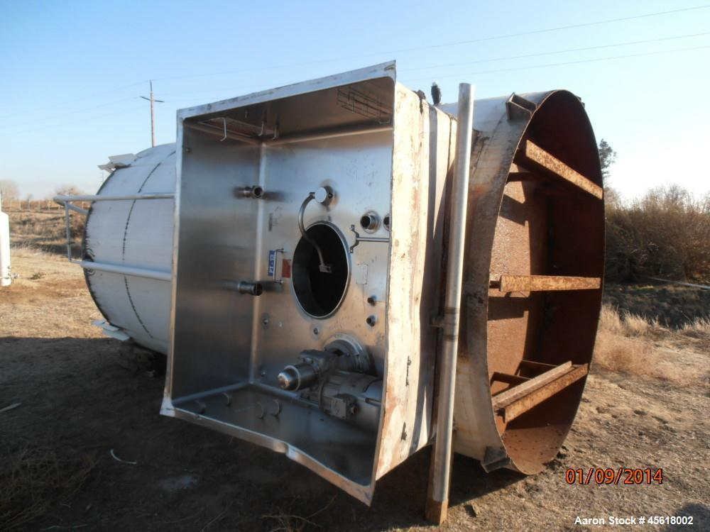 Used- Stainless Steel APV Crepaco, Tank, 3,000 Gallon,