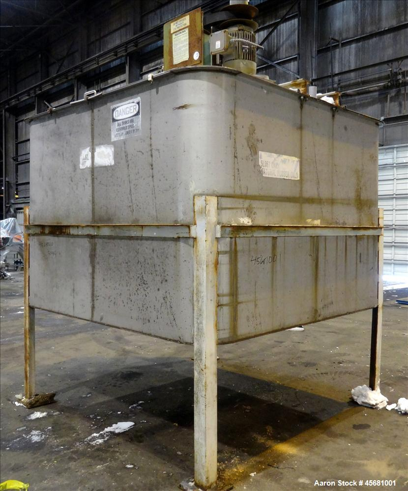 Used- G & F Manufacturing Tank, Approximately 2500 Gallons, Model T-94, 304 Stai
