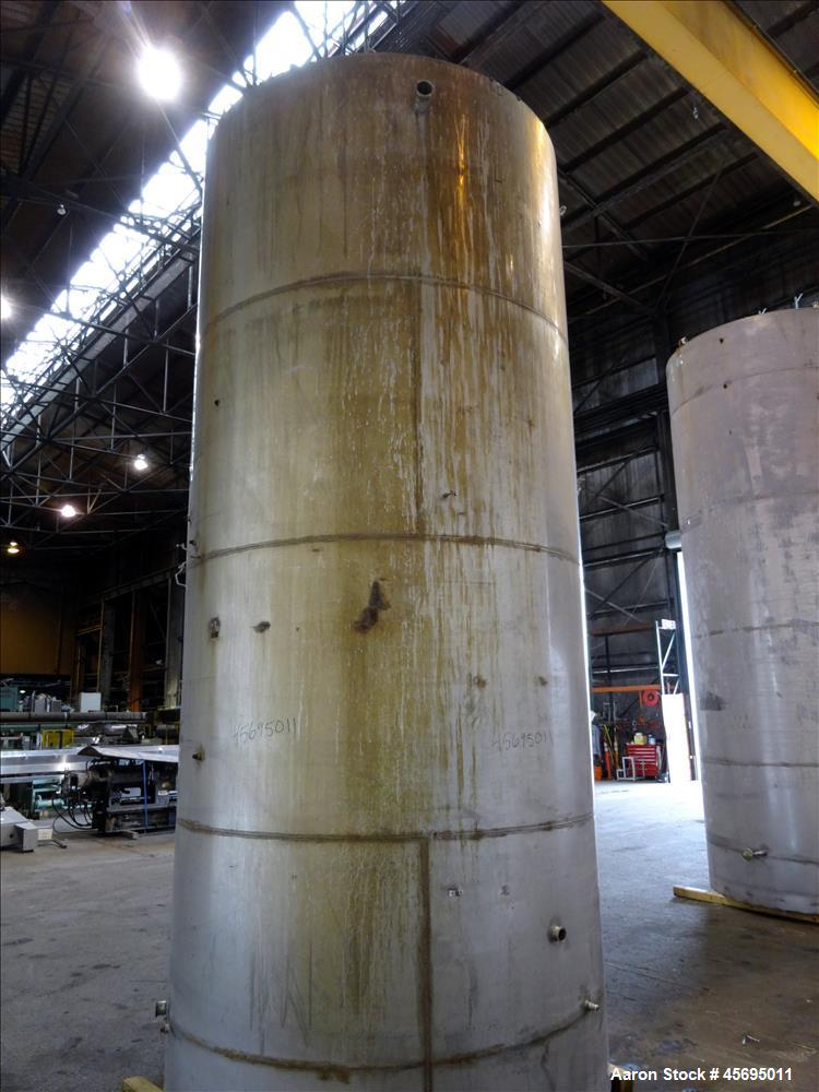 Used- Tank, 4150 Gallon, 304 Stainless Steel, Vertical.