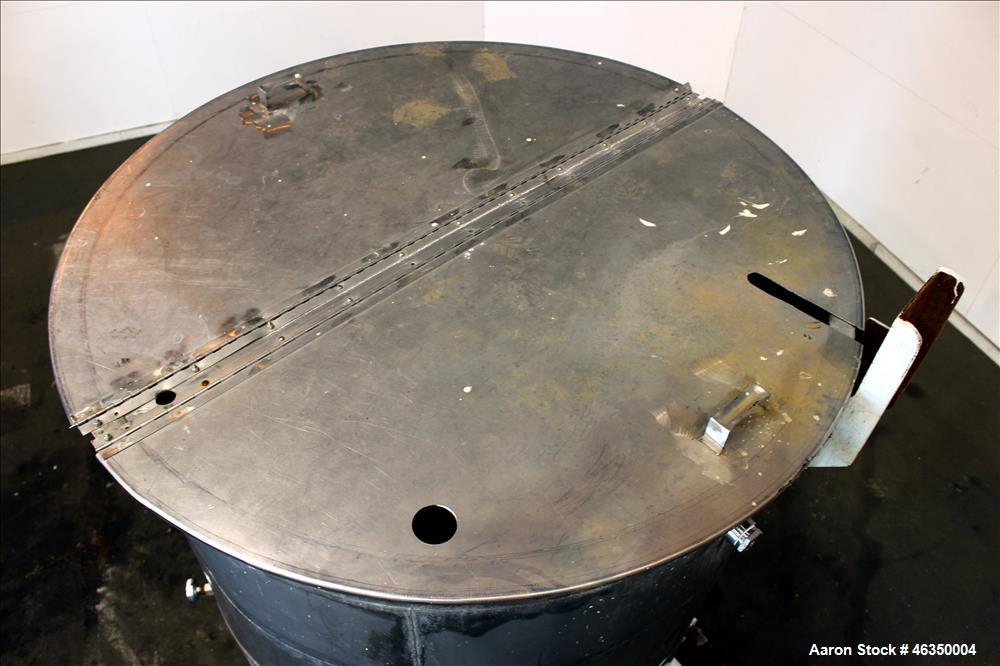 "Used- Tank, Approximate 1,000 Gallon, 304 Stainless Steel, Vertical. Approximate 60"" diameter x 82"" straight side. Flat top ..."