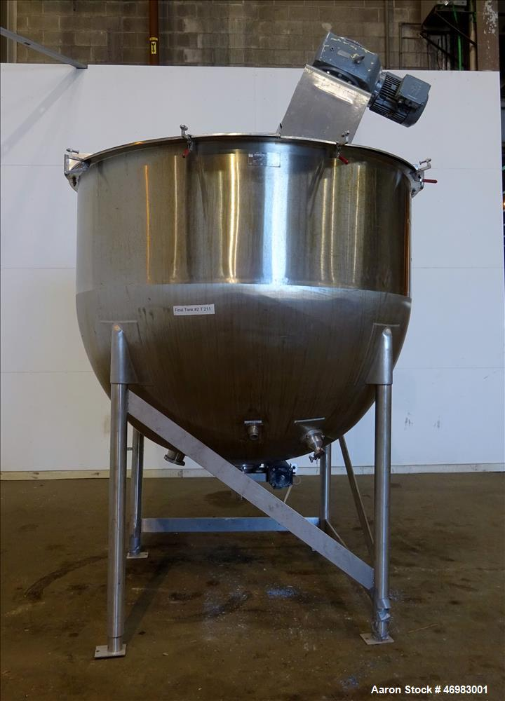 Used- Lee Industries Mixing Tank, 1000 Gallon,  Model # 1000 A5S, 316 Stainless