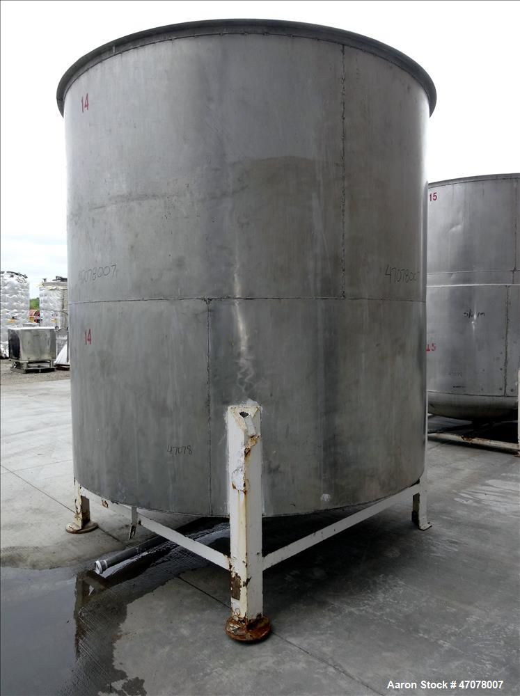 "Used- Tank, Approximate 4,000 Gallon, 304 Stainless Steel, Vertical. Approximate 108"" diameter x 105"" straight side. Open to..."