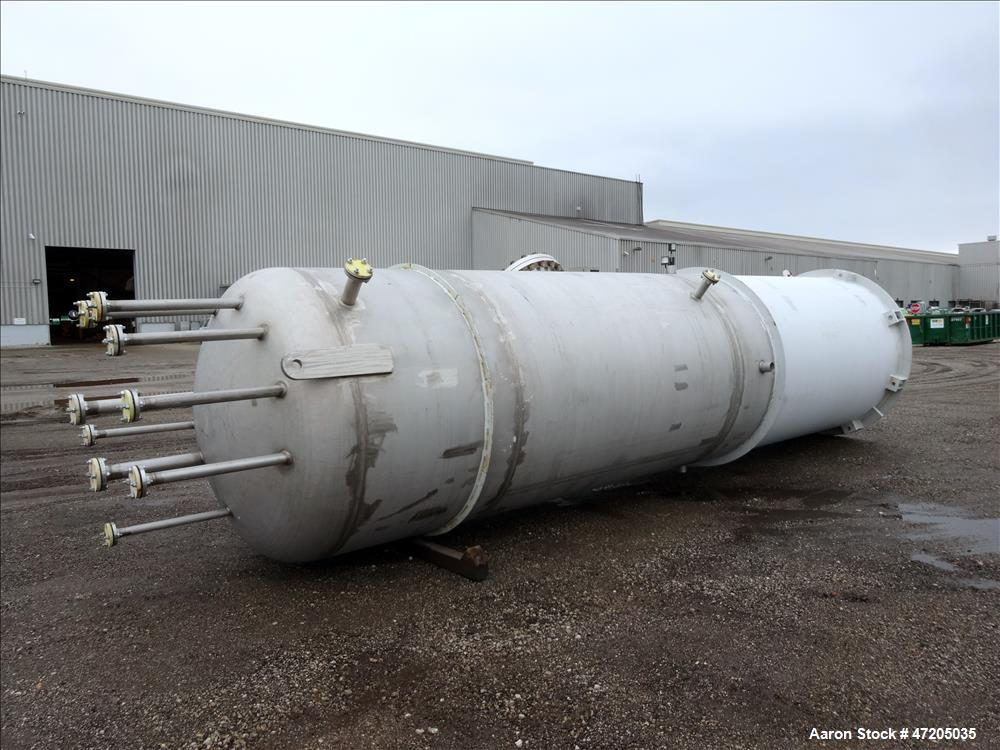 "Unused- Harris Thermal Transfer Products Pressure Tank, Approximately 2,750 Gallon, 304L Stainless Steel, Vertical. 72"" Diam..."