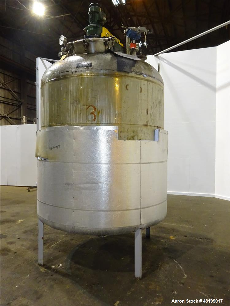 Used- Industrial Piping Tank, Approximate 1500 Gallon, 304L Stainless Steel, Ver