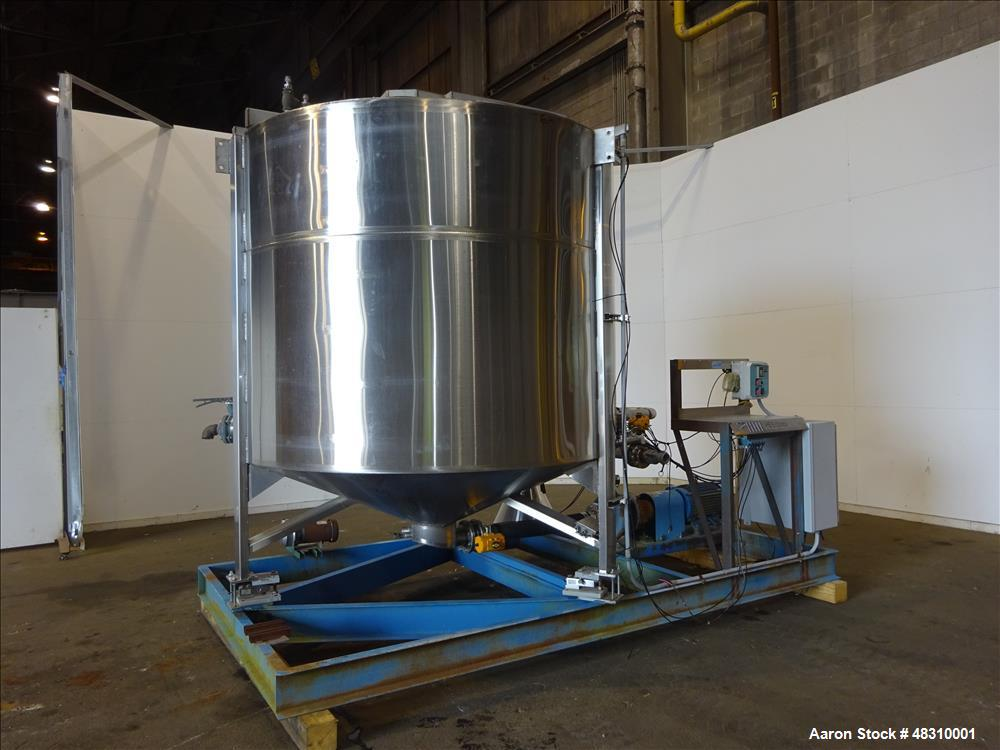 "Used- Murray Equipment Inc. Model MVP-10, 10 Ton Mixer.  2,500 Gallon, 96"" diameter.   10 ga. 304 stainless steel cone botto..."