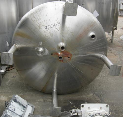 "USED: Walker tank, 1000 gallon, 316 stainless steel, vertical. 54"" diameter x 99"" straight side, dish top and bottom. Openin..."