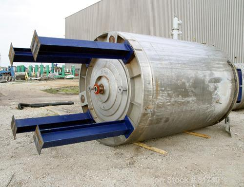 "Used- Pierre Guerin Jacketed Mix Tank, 2800 Gallon, 304 Stainless Steel, Vertical. 86"" diameter x 110"" straight side. Flat t..."