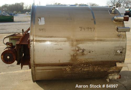 "USED: 1000 gallon 304 stainless steel vertical mixing tank. 66"" diameter x 72-1/2"" straight side. Bridge mounted gearmotor, ..."