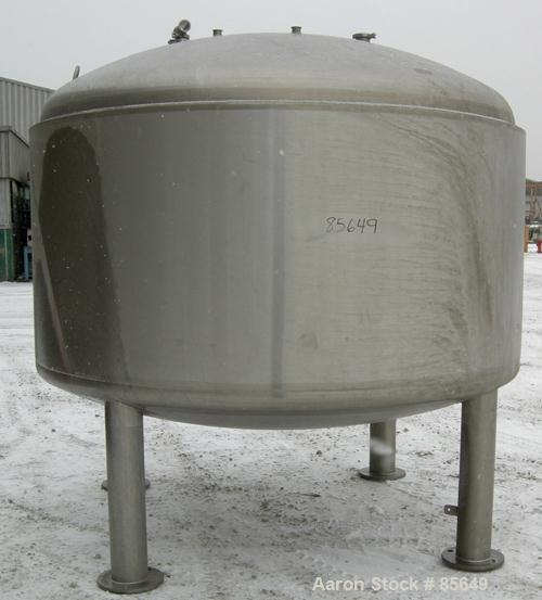 "USED: Feldmeier pressure tank, 1500 gallon, 316L stainless steel, vertical. 96"" diameter x 42"" straight side, dished top and..."