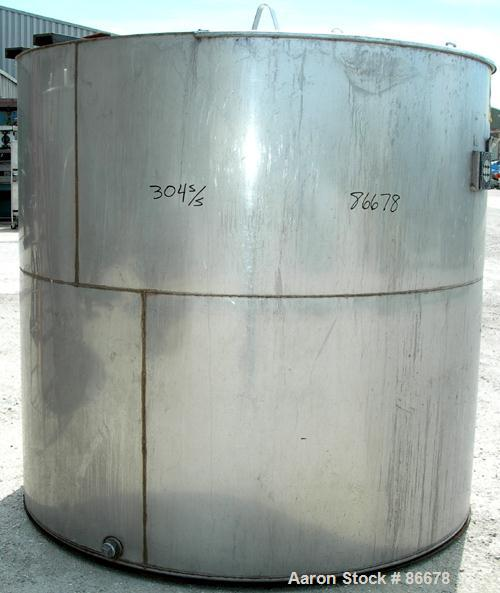 """USED: Toronto Coppersmithing Company tank, 1900 gallon, 304 stainless steel, vertical. 84"""" diameter x 80"""" straight side. Fla..."""