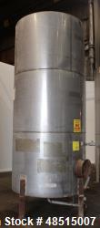 Used- Tank, Approximately 2,000 gallon, 304 Stainless Steel, Vertical.