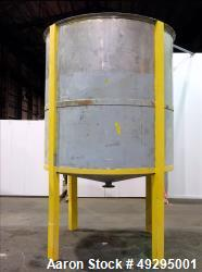 Used- Open Top Dispenser Tank, Approximate 2,500 Gallon, 304 Stainless steel, Ve