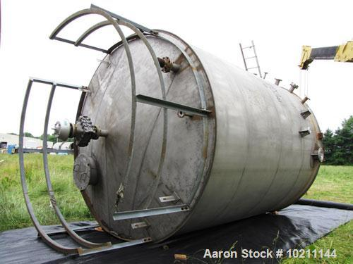 "Used-12,000 Gallon Modern Welding Stainless Steel Tank.  Tank and nozzles 304 stainless steel.  12'0"" Diameter x 15'0"" strai..."