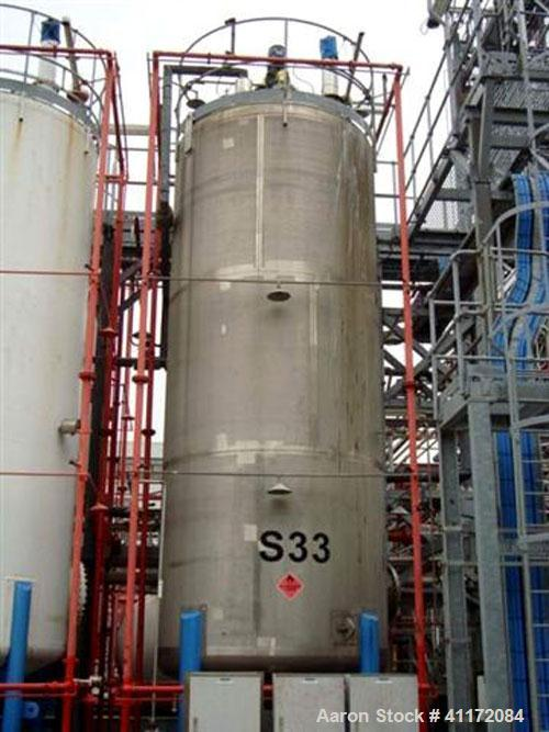 Used- Tank, Approximately 7927 Gallon (30,000 liter), Stainless Steel, Vertical.