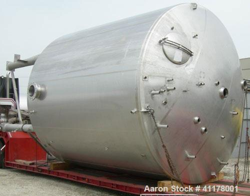 "Used- Stainless Fabrication Kettle, 15,000 Gallon, 316L Stainless Steel, Vertical. 158"" diameter x 167"" straight side, dishe..."