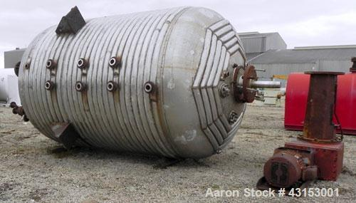 Used- Canadian Pipe And Steel Fabricators Pressure Tank, 5500 Gallon, 316 Stainless Steel, Vertical. 108'' Diameter x 128'' ...