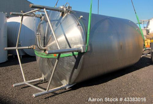 "Used- Cherry Burrell 5000 Gallon 304 Stainless Steel Mix Tank. Type CV. Approx. 8' Diameter x 12' 6""Straight Side. Dished He..."
