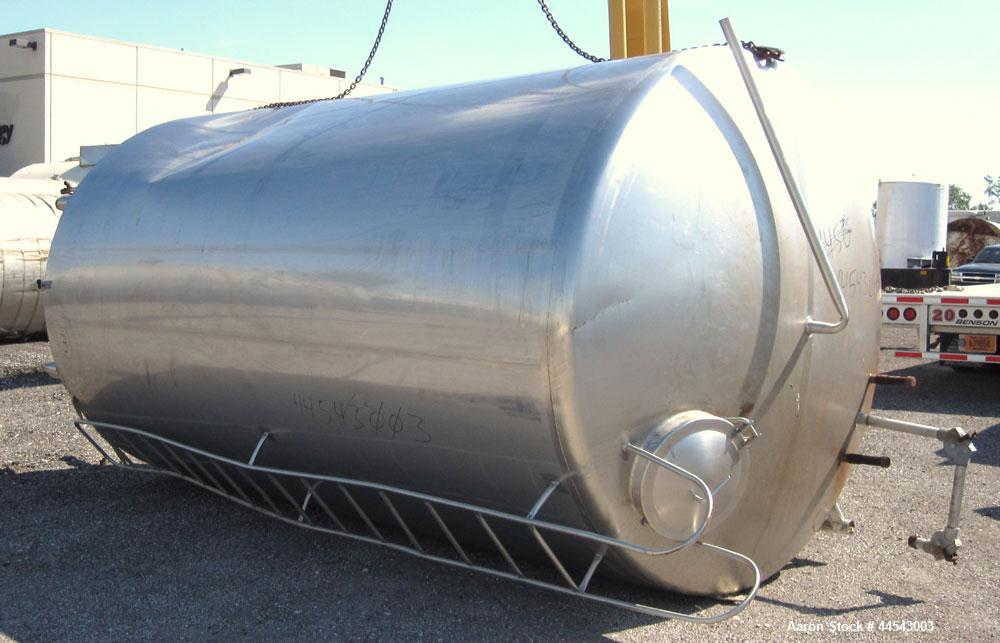 "Used- Walker Stainless Tank, 5000 Gallon, Model 9559, 304 Stainless Steel, Vertical. Approximately 96"" diameter x 164"" strai..."