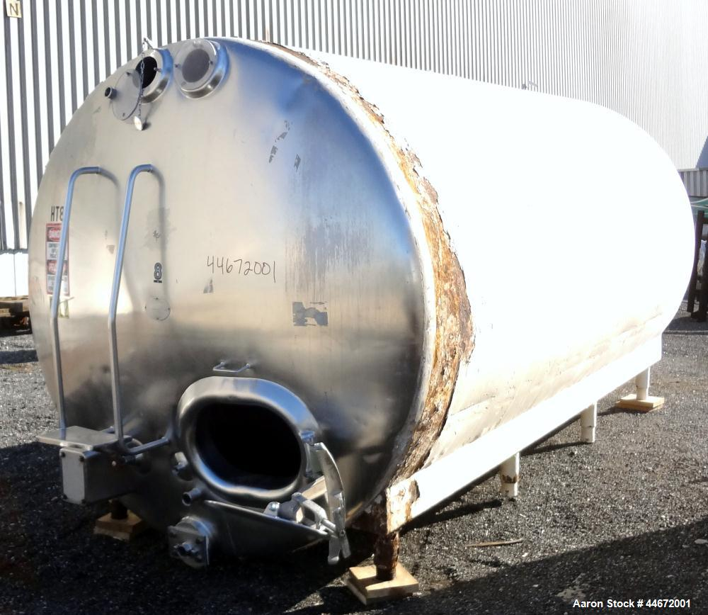 "Used- Heil Company Storage Tank, 5000 Gallon, 304 Stainless Steel, Horizontal. Approximately 92"" diameter x 168"" straight si..."