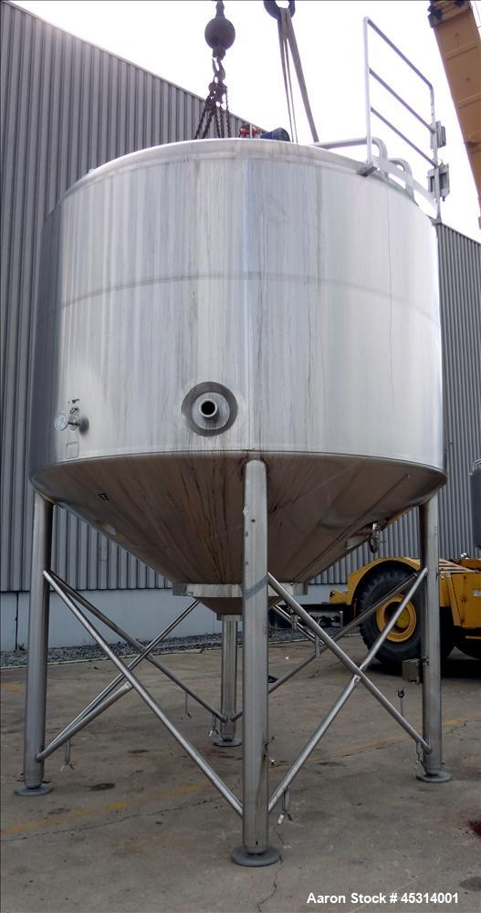 "Unused- Mueller Tank, 6000 Gallon, Model ""F"" Fermenter Blend Tank-Non-Jacketed. 304 Stainless Steel Construction.  136"" Inne..."