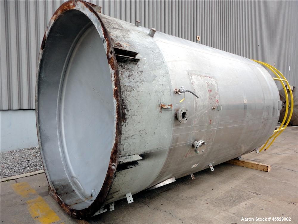 Used- 6,000 Gallon Stainless Steel Tank