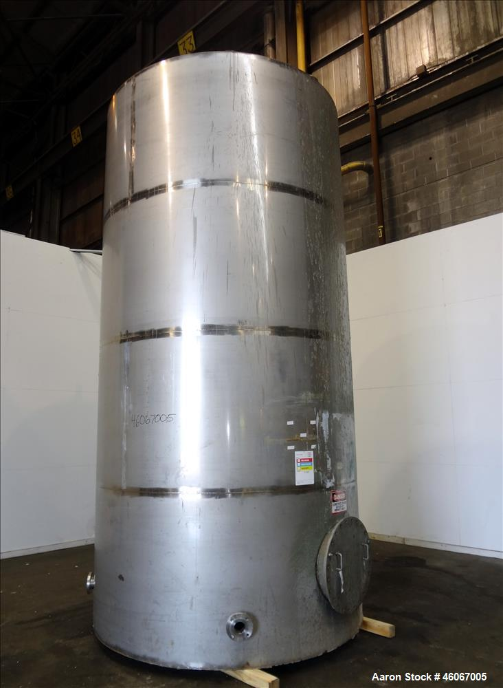 "Used- Acme Industrial Tank, 6000 Gallon, 304 Stainless Steel, Vertical. Approximate 192"" Straight Side x 96"" Diameter. Parti..."