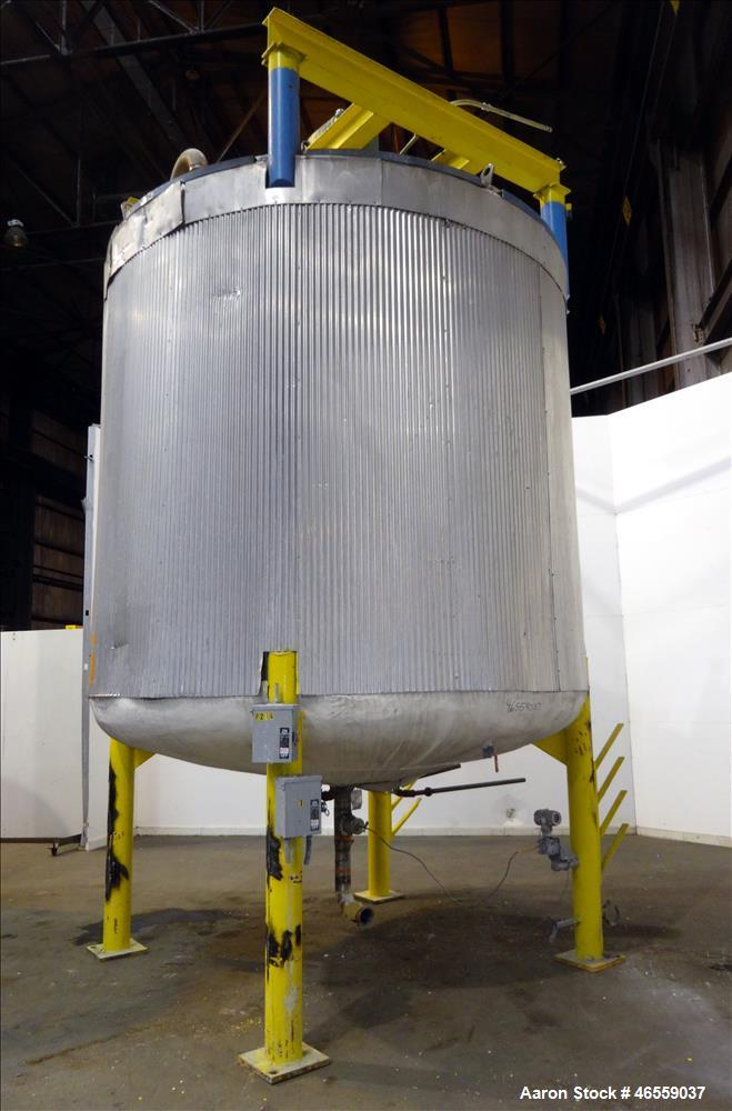 "Used- Zero Manufacturing Mixing Tank, Model ZS, 6,000 Gallon, 316 Stainless Steel, Vertical. Approximate 120"" diameter x 112..."