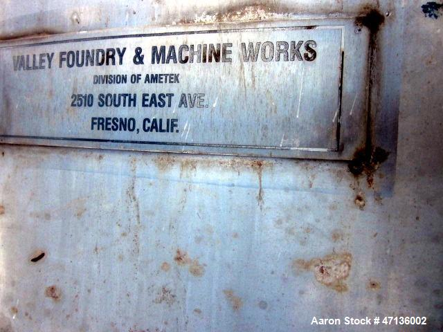 """Used- Valley Foundry & Machine Works Tank, Approximate 5,000 Gallon, 304 Stainless Steel, Vertical. Approximately 102"""" diame..."""