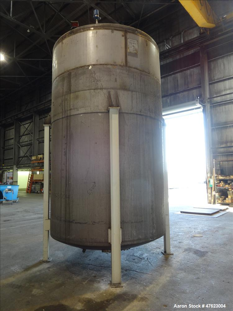 Used- Tank, 5,500 Gallon, 304 Stainless Steel, Vertical