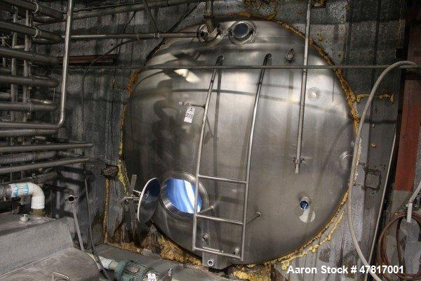 "Used-6,000 Gallon Stainless Steel Insulated, Horizontal Storage Tank, 8'6"" X 15'"