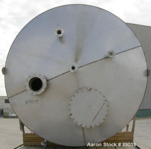 "USED: Industrial Marine Inc tank, 6000 gallon, 304 stainless steel, vertical. Approximately 114"" diameter x 153"" straight si..."