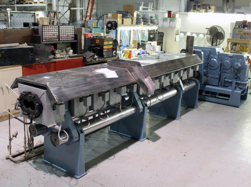 Reconditioned Twin Screw Extruder